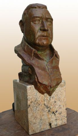 Joaquín Brotons por José Lillo Galiani. Escultura en bronce 2011.