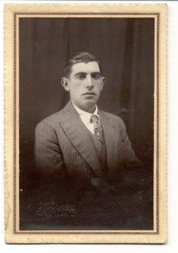 Su tío paterno: Matías. Foto: García Ortega. Valdepeñas. Hacía, 1927.