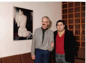 El escritor valenciano Raúl Carbonell Sala y Joaquín Brotóns, en la Casa de Cultura de Valdepeñas, 1985.